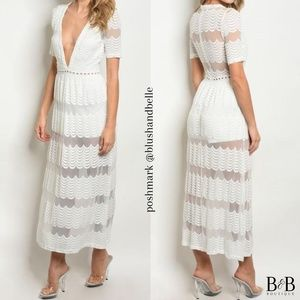 """[ONLY 1!] """"Everlasting Lace"""" White Deep V Maxi"""
